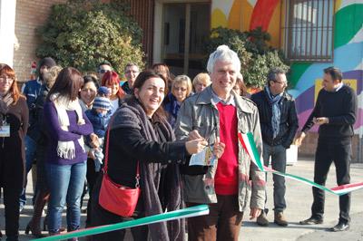 Il Taglio del nastro con Giorgio Gustavo Rosso e l'Assessore Elena Baredi.
